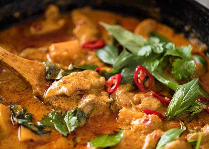 Chicken in Red Curry Recipe